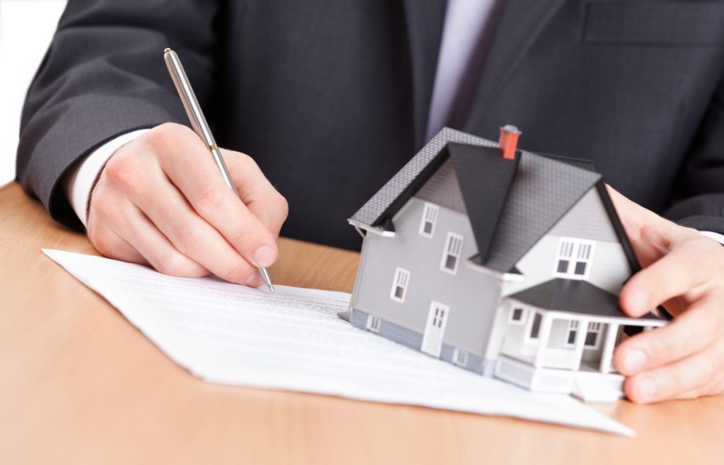 Giải chấp căn hộ chung cư giúp thực hiện mua bán, chuyển nhượng tài sản