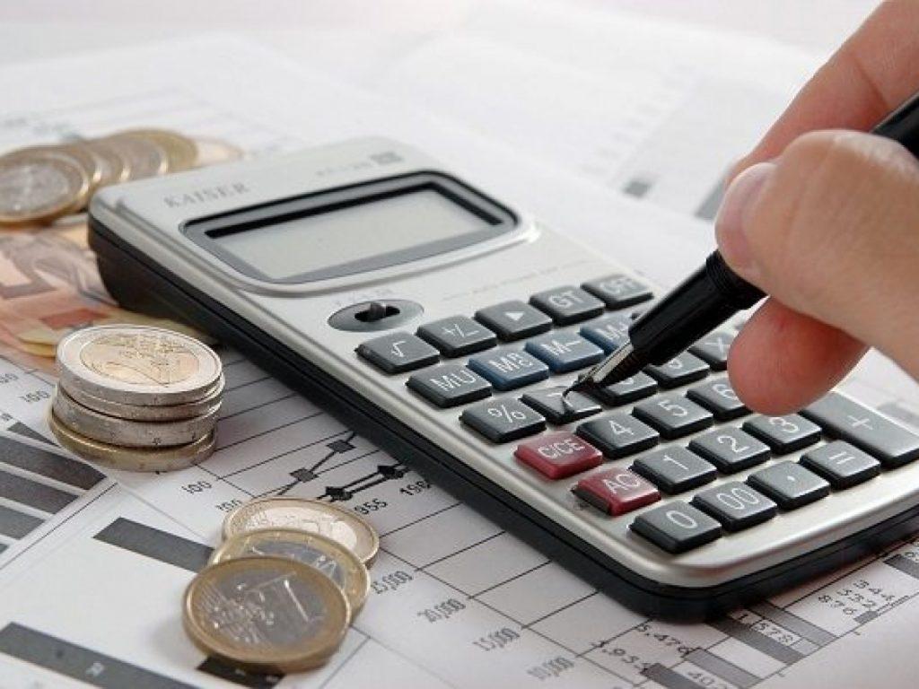 Có công thức áp dụng để tính số tiền phải trả hàng tháng khi vay